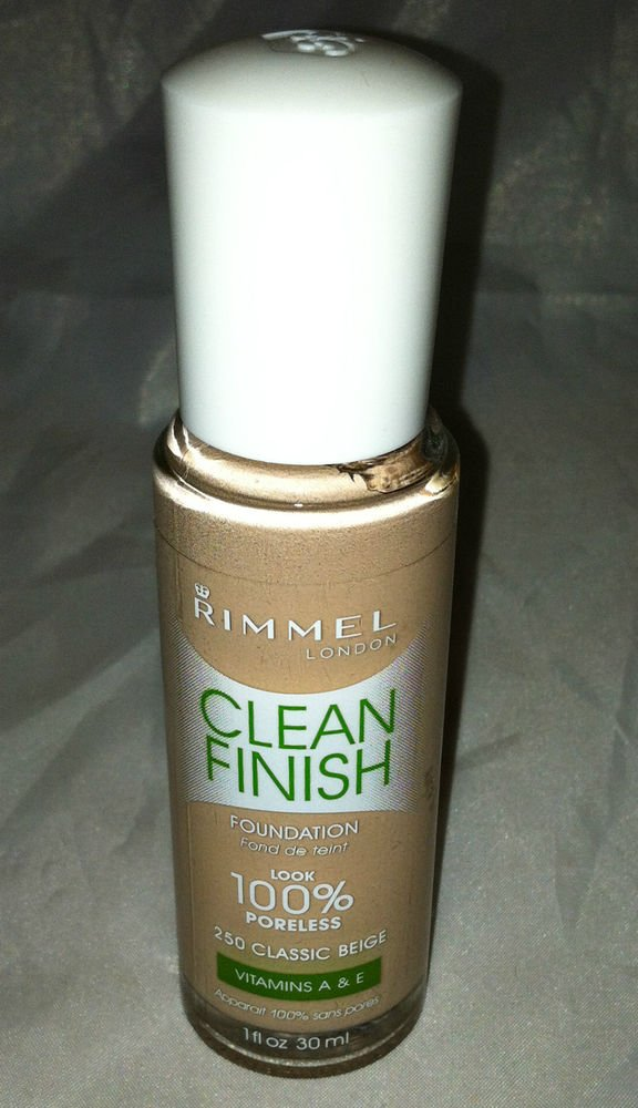Rimmel Clean Finish Foundation # 250 Classic  Beige Look 100% Poreless Vita. A&E