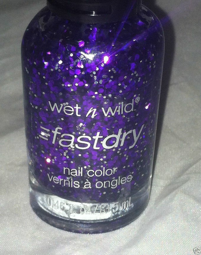 Wet n Wild Fast Dry Nail Polish / Color * QUARTZ OF COURSE * Purple w/ Glitter