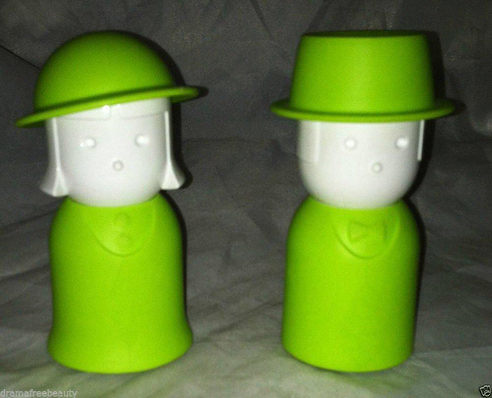 Qualy Salt & Pepper Shaker Set  Lime Green Mrs. Salt & Mr. Pepper w/ Hats