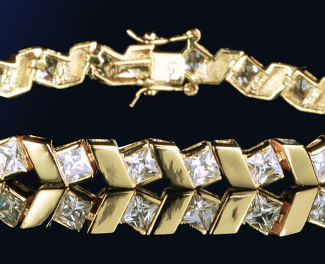 10.1ct ELEGANT PRINCESS CUT TENNIS BRACELET