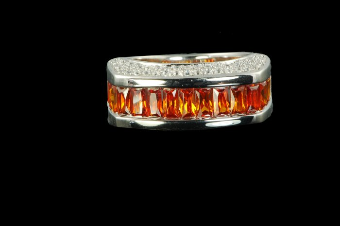 GORGEOUS GARNET & RUSSIAN STONE HALF ETERNITY RING 6 or  7