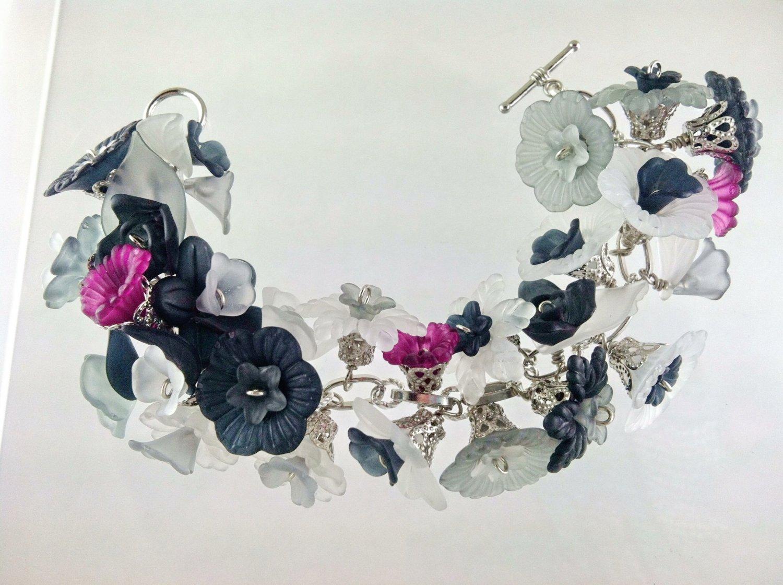 Black Gray Goth Victorion Style Fringed Flower Charm Bracelet