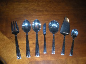 7 piece Waterford Serving Utensil Set