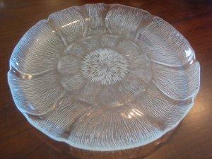 "Arcoroc Fluer 11"" Plates"
