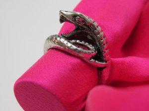 Tibetan Silver Fangs Snake Ring