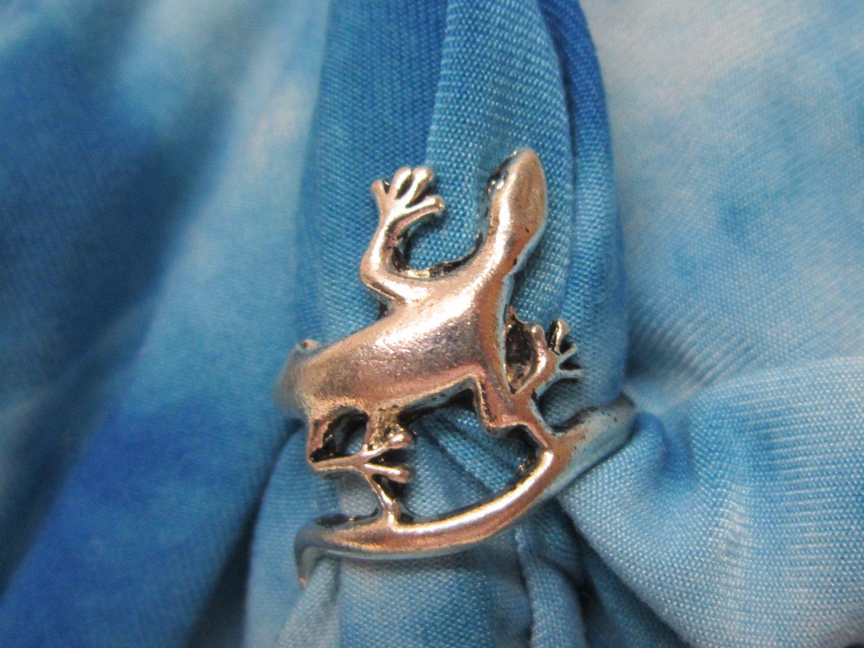 Tibetan Silver Lizard Ring