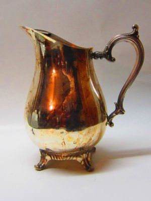 Vintage Wm Rogers #817 Silver Plate Water Pitcher