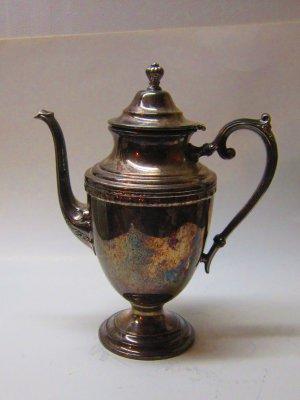 Vintage Rogers & Bro #1701 Silver Plate Tea Pot