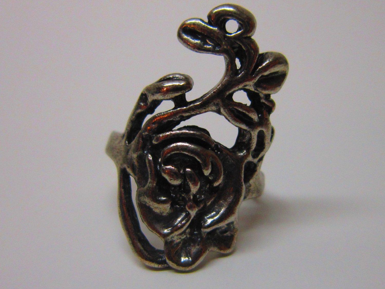 Rose Vine Antiqued Silver Alloy Ring US6