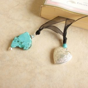 Free-Form Turquoise and Locket Gemstone Beaded Bookmark Jewel Book Thong
