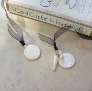 White Pearl Beaded Bookmark Jewel Book Thong