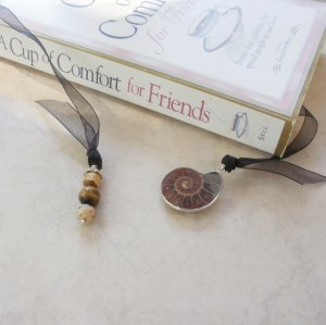Nautilus Ammonite Fossil Gemstone Beaded Bookmark Jewels Book Thong