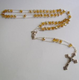 YELLOW/TOPAZ COLORED LADDER ROSARY ROS116