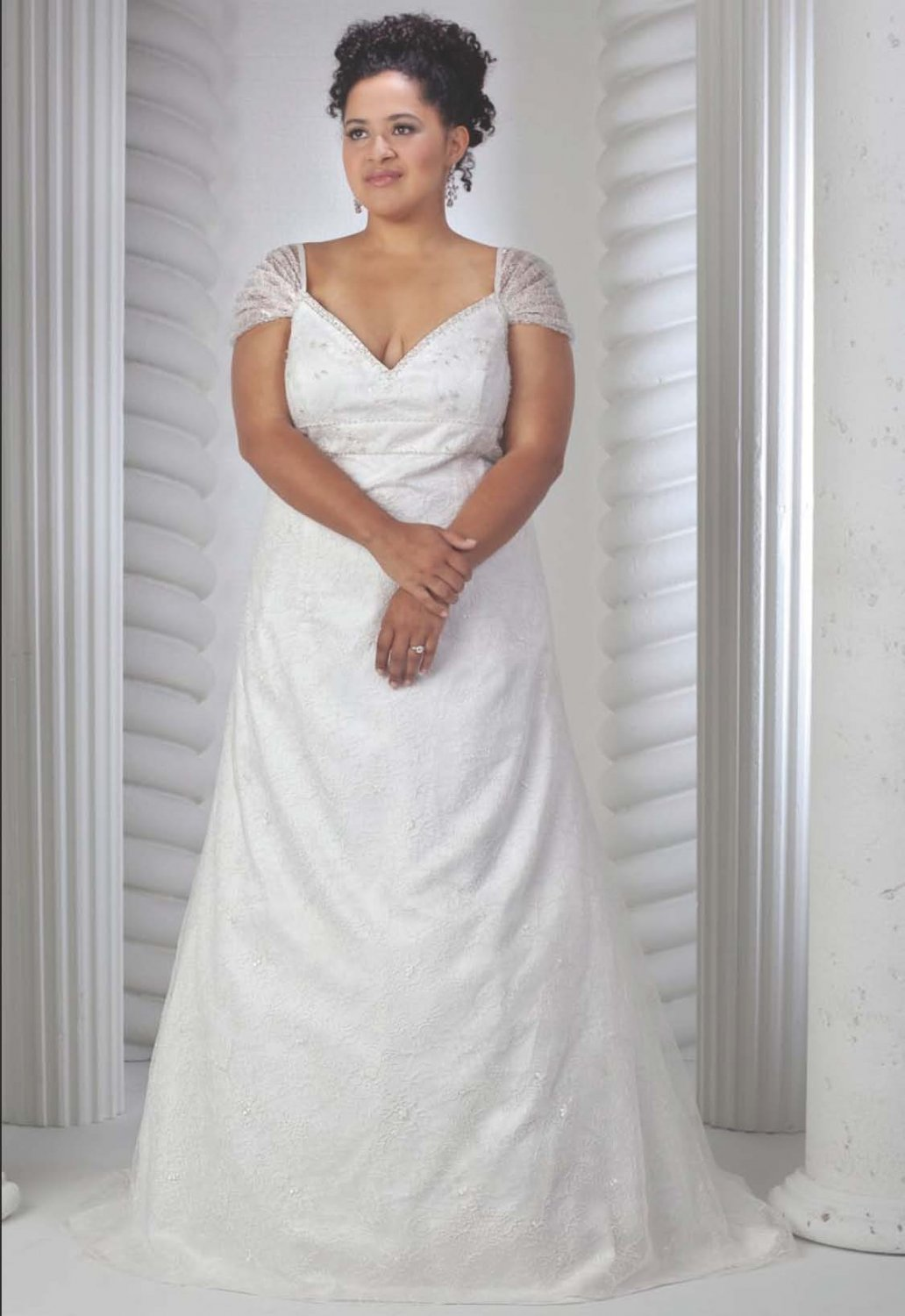 New designer lace plus size bridal wedding dress size 18 for Plus size wedding dress designers