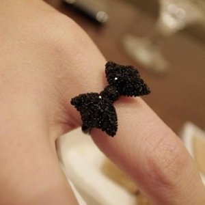 Black Ribbon Ring