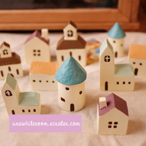 A Pair of Mini Houses - Cabin, Cottage, Church, Coffee House, Castle