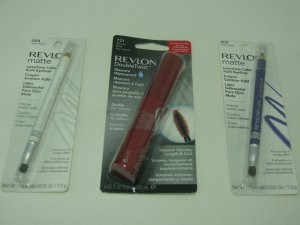 3 Pieces Revlon Discount Cosmetic Set ( Set # 5 )