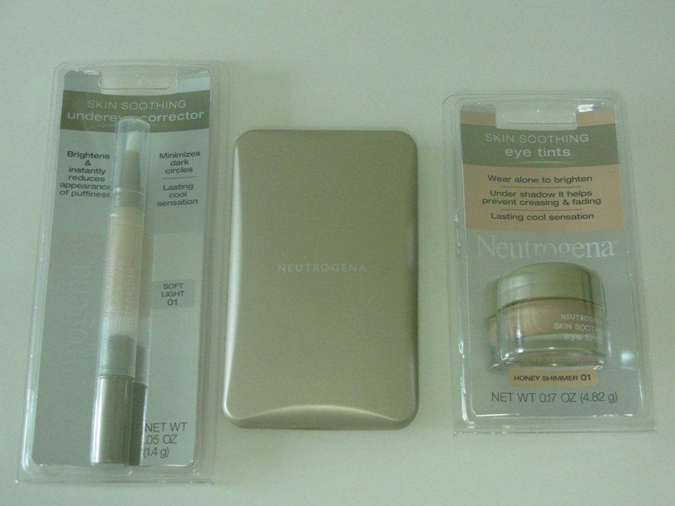 3 Pieces Neutrogena Discount Cosmetic Set ( Set # 9 )