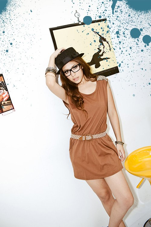 #2557197-Japanese Fashion Shoulder beaded dress with belt-2 Colors(Brown)