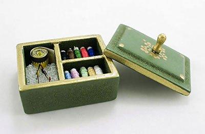 Wooden Green Sewing Box w Tool Kits Dollhouse Miniature #10278