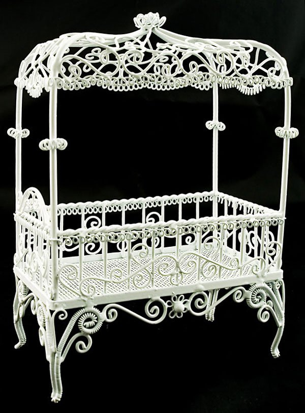 White Victorian Wire Bedroom Bed Dollhouse Furniture #11146