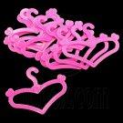 Lot/Set 10 Pink Clothes Dress Hanger 1:6 Barbie Monster High Doll's House New #12635