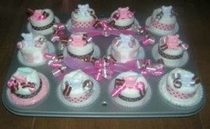 12 DIAPER CUPCAKES IN AN ACTUAL CUPCAKE PAN~SHOWER GIFT
