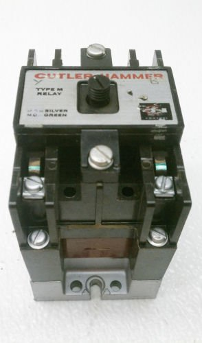 Cutler Hammer D23MB Relay D26MPR Base 120 VAC Coil Type M Series A2
