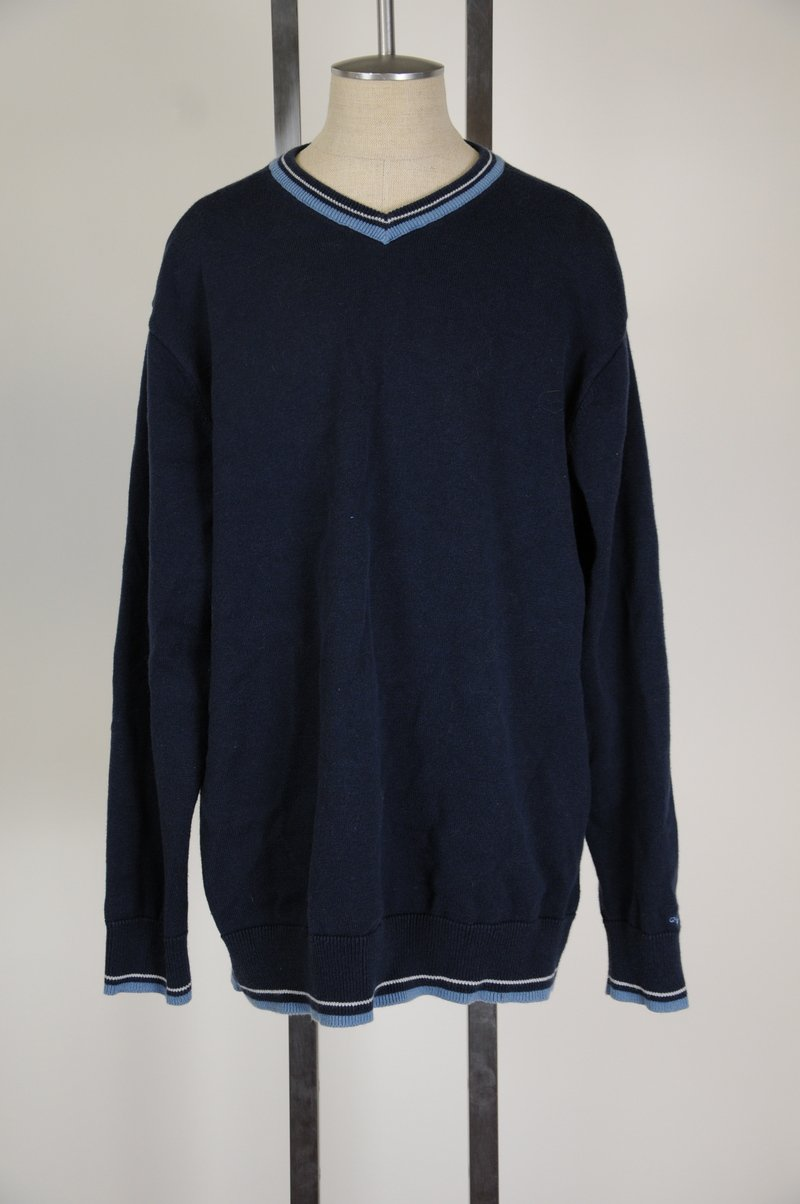 NWOT Quicksilver Boys Children Cotton Blend Navy Blue V Neck XL / 20 Sweater