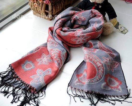 100% wool cashmere twin flower soot scarf