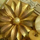 Metal Gold Tone Center Pearl Flower Brooch