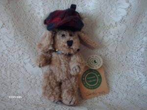 1990-1997 Boyds Bears & Friends Indy Dog