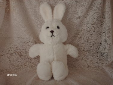 1982 DAKIN WHITE BUNNY PLUSH TOY