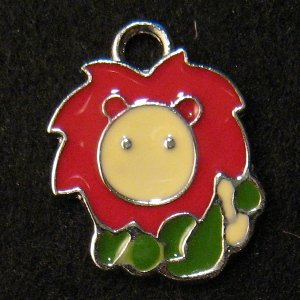 Leo Pendant (Red/Green)