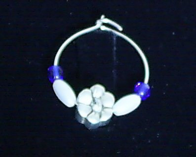 Pewter Daisy Wine Glass Charm Set of 2 Clear Blue Czech Glass