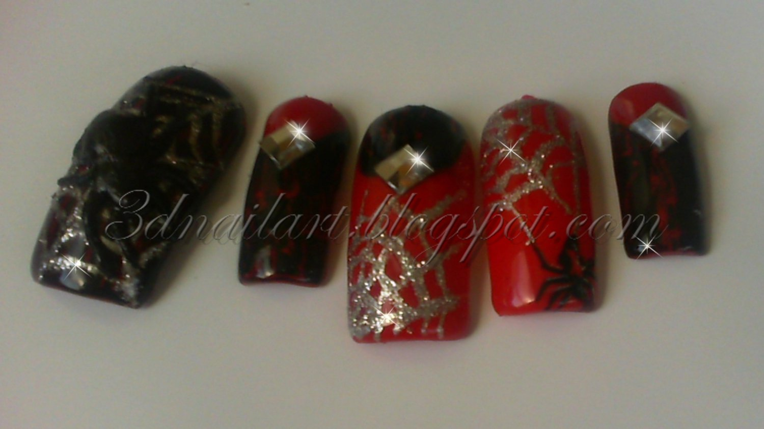CLEARANCE! 3D Black Widow Crackle Set
