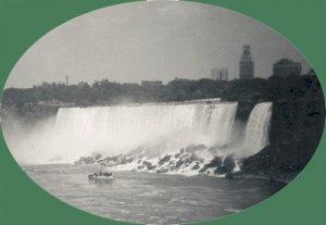 Vintage Photo MAID OF THE MIST 1950 Niagra Falls
