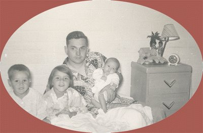 Vintage Photo DAD AND KIDS with HULA HAWAII LAMP