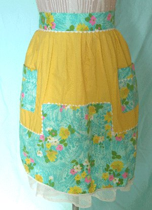 Vintage APRON 1950s Yellow with Blue FLORAL TRIM