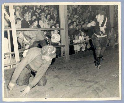 Vintage 1950s ROLLER SKATING ACTION PHOTO
