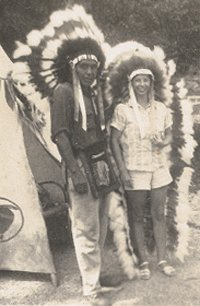 Vintage Photo NATIVE AMERICAN INDIAN & TOURIST