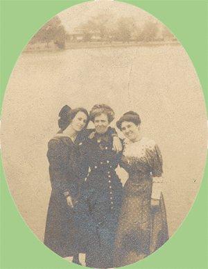 Vintage Photo THREE WOMEN pose on PIER Dock