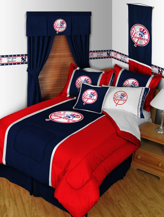 New York Yankees MVP Bedding Comforter and Sheet Set - Queen