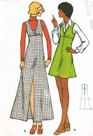 Butterick 6758 70s 70s A-Line Jumper DRESS Vintage Sewing Pattern Maxi or Mini Length  Bust 34