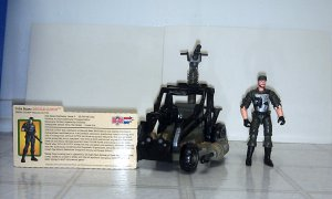 G.I. Joe Valor vs Venom Desert Coyote w/Double Clutch