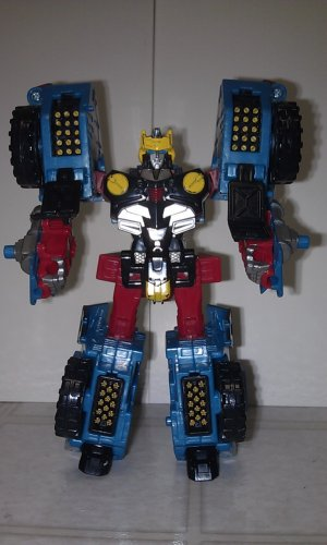 Transformers Cybertron Deluxe Class Cybertron Defense Hot Shot