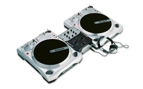 Numark DJ in a Box/02