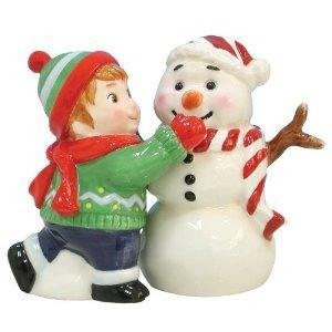 Mwah Magnetic Boy Making Snowman Salt and Pepper Shaker