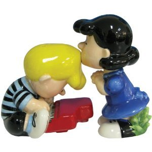 Peanut Magnetic Lucy and Schroeder Salt Pepper