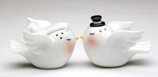 Loving Bride and Groom Wedding Bird Salt and Pepper